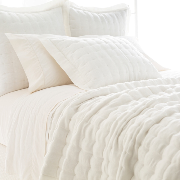 Brussels Quilt-Pine Cone Hill-Ivory
